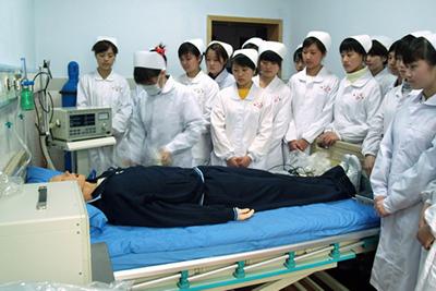 重庆市医药卫生学校-学生模拟训练