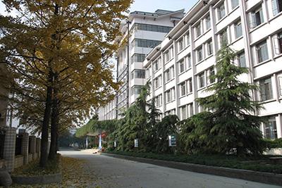 四川电力职业技术学校-校园一角