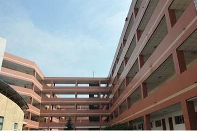四川护理学院-教学楼